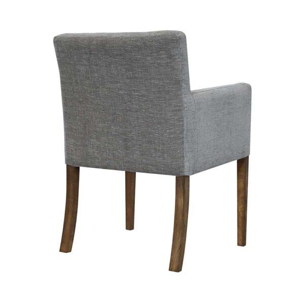 Fotel Nora z guzikami w stylu klasycznym